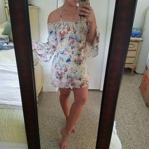 Floral Tobi Cold Shoulder Dress xs
